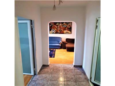 Apartament doua camere, decomandat, Brasov