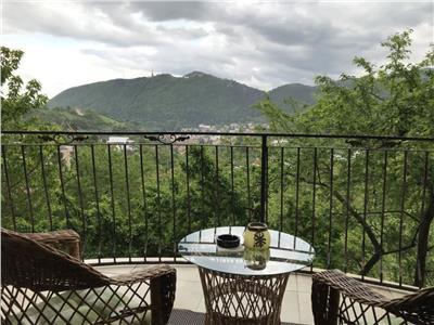Vila Speciala, in spectacol panoramic, Calea Poienii, Brasov