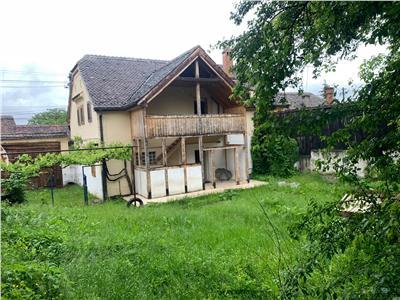 OFERTA REZERVATA! EXPLOREAZA VIRTUAL!Autentica mantie, marcata in centrala pozitionare,Cisnadie, Sibiu