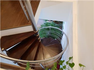Penthouse, pe doua nivele, in calitativa prezentare, Centrul Civic, Brasov