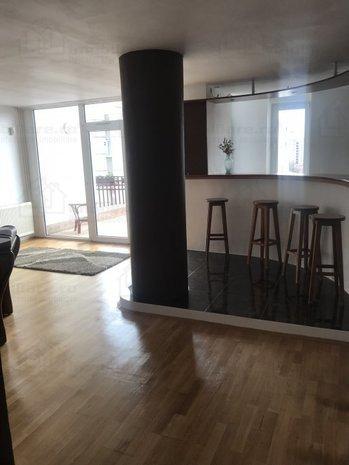 Apartament structura particulara, terasa, loc parcare, Central, Brasov