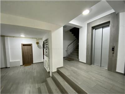 Segmentul LUX, terasa 40 mp, parcare subterana, Central, Brasov