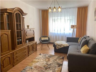 Regim vila,  3 camere, doua bai, Racadau, Brasov