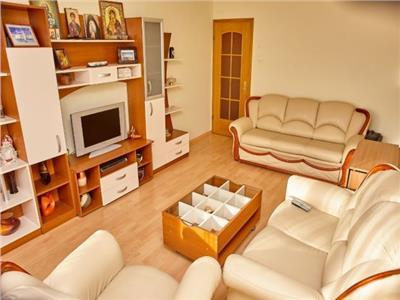 Imobil 3 camere, pe aproape 90mp, conditii apreciabile, Sacele, Brasov