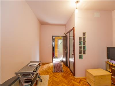 Casa singur in curte, Rezidential/  Birouri/ sediu Firma, Centrul Civic, Brasov