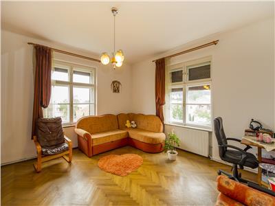 Nivel in vila, curte proprie, garaj, zonare rezidentiala apreciabila, Brasov
