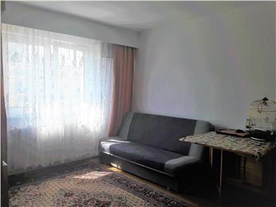 Apartament cu trei camere cartier Florilor, Brasov.