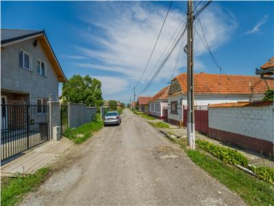 OFERTA TRANZACTIONATA!!!Casa prietenoasa, in cea mai frumoasa culoare a curcubeului vietii, Bod, Brasov