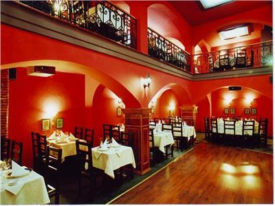Restaurant intr-un petec de istorie vie din Brasov