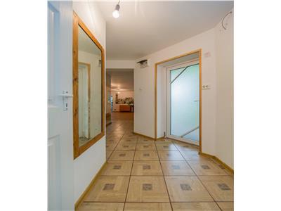 OFERTA TRANZACTIONATA!!!Casa individuala cu gradina incantatoare, strada Aurel Vlaicu, Brasov