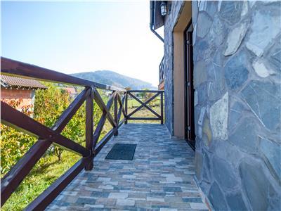 OFERTA TRANZACTIONATA!!! TUR VIRTUAL!! Eleganta vila, iti zambeste, de la poalele Muntelui Ciucas