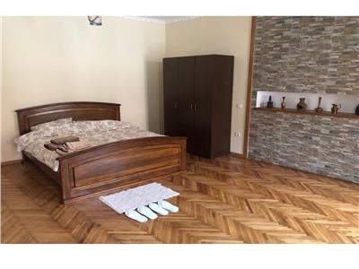Nivel in vila, proprietate deosebita, Centrul Istoric, Brasov