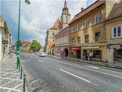 OFERTA TRANZACTIONATA!!!Proprietate cu vedere spre Biserica Neagra  Piata Sfatului,  Brasov