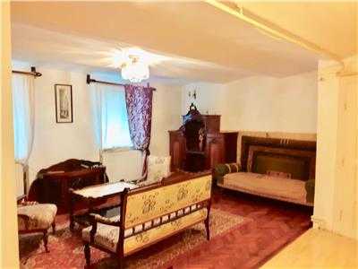 Apartament in Vila, Central, Brasov