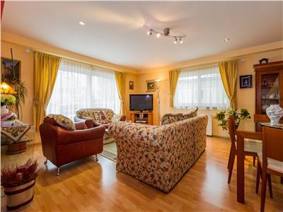 TUR VIRTUAL! Armonioasa vila, in zonare rezidentiala apreciabila, Brasov