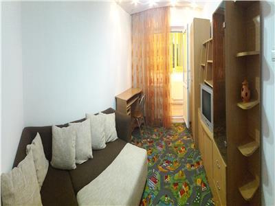 Apartament spatios, decomandat, Astra