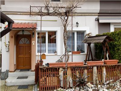 Proprietate in casa, cu terasa, acces auto in curte, Central, Brasov
