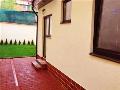 OFERTA TRANZACTIONATA!!!Casa, singura in curte, integral renovata, Central, Brasov