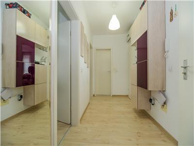 OFERTA TRANZACTIONATA!!! Doua camere, mobilat, utilat cu loc de parcare suprateran, Brasov