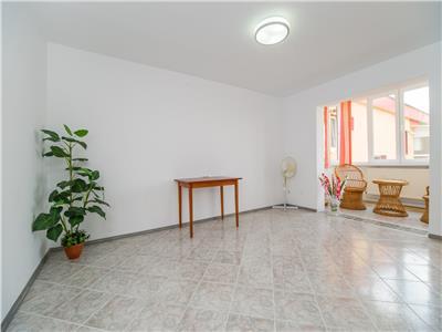 Apartament in moderna grafica, pe 80 mp, Bartolomeu, Brasov