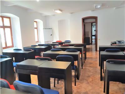OFERA REZERVATA!! Casa, singura in curte,deschidere oportunitate modelare, Central, Brasov