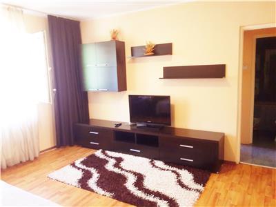 OFERTA INCHIRIATA!!! Apartament cochet doua camere, pozitie avantajoasa, Semicentral, Brasov