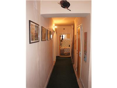 Special! Apartament in bloc de caramida,structura generoasa