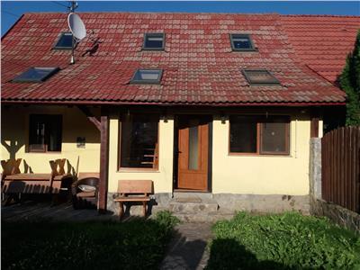 Casa rasfata de soare si culoare, Sacele, Brasov