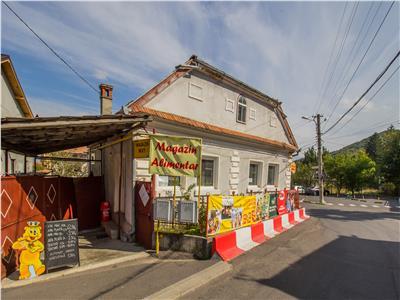 Casa+ spatiu comercial,conditii speciale,pozitie avantajoasa,Brasov