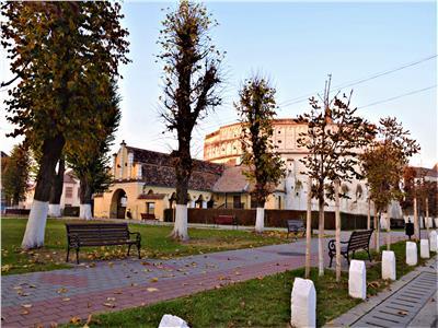 1.600 mp intravilan+ constructie, cu deschidere la parau,Cetatea Prejmer Brasov
