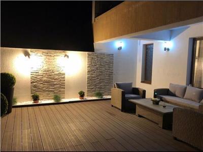 OFERTA REZERVATA!!!Eleganta proprietate,cu 50 mp terasa,garaj subteran, Drumul Poienii,