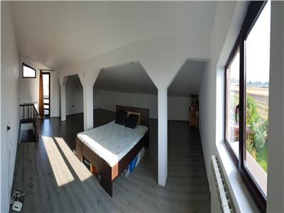 OFERTA REZERVATA!! Casa spatioasa, cu gradina proprie, Brasov