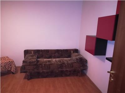 Apartament cu trei camere, in Centru Civic, Brasov