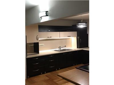 OFERTA REZERVATA!!!Apartament cu 3 camere, spatios, Gemenii, Brasov.
