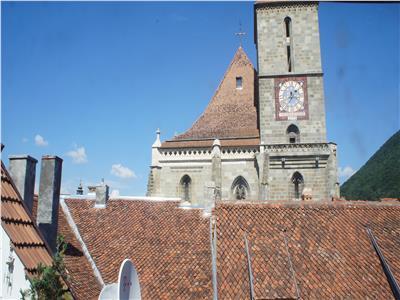 OFERTA TRANZACTIONATA!!!Proprietate in Centrul Istoric, langa Biserica Neagra, mobilata si utilata, Brasov
