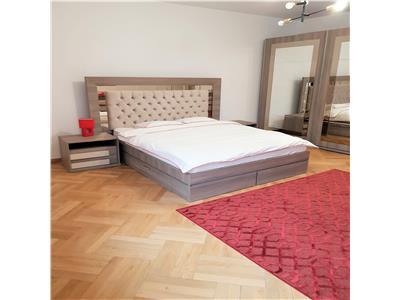 Oferta inchiriere apartament spatios, doua camere, Central, Brasov