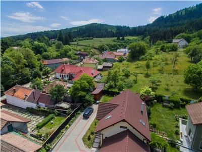 FIMARE CU DRONA! Vila eleganta, in compania naturi, Sacele, Brasov