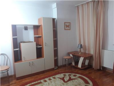 Apartament interesant ,Centrul Civic, Brasov.