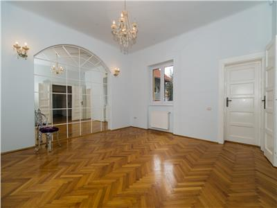 Eleganta proprietate, pozitie remarcabila, birouri/ rezidential, Central, Brasov
