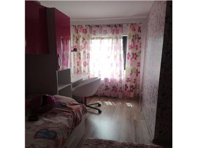 Casa primitoare cu curte proprie, Sanpetru, Brasov