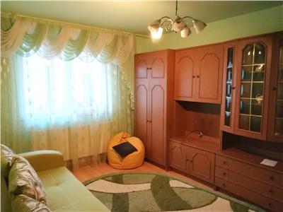Apartament decomandat, cartierul Florilor, Brasov