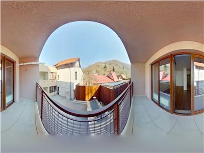 OFERTA REZERVATA!! EXPLOREAZA VIRTUAL! Cetatea Veche,studio in vila, cu acces la curtea interioara